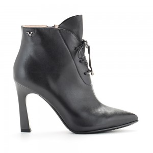 LEATHER ANKLE BOOT V1969